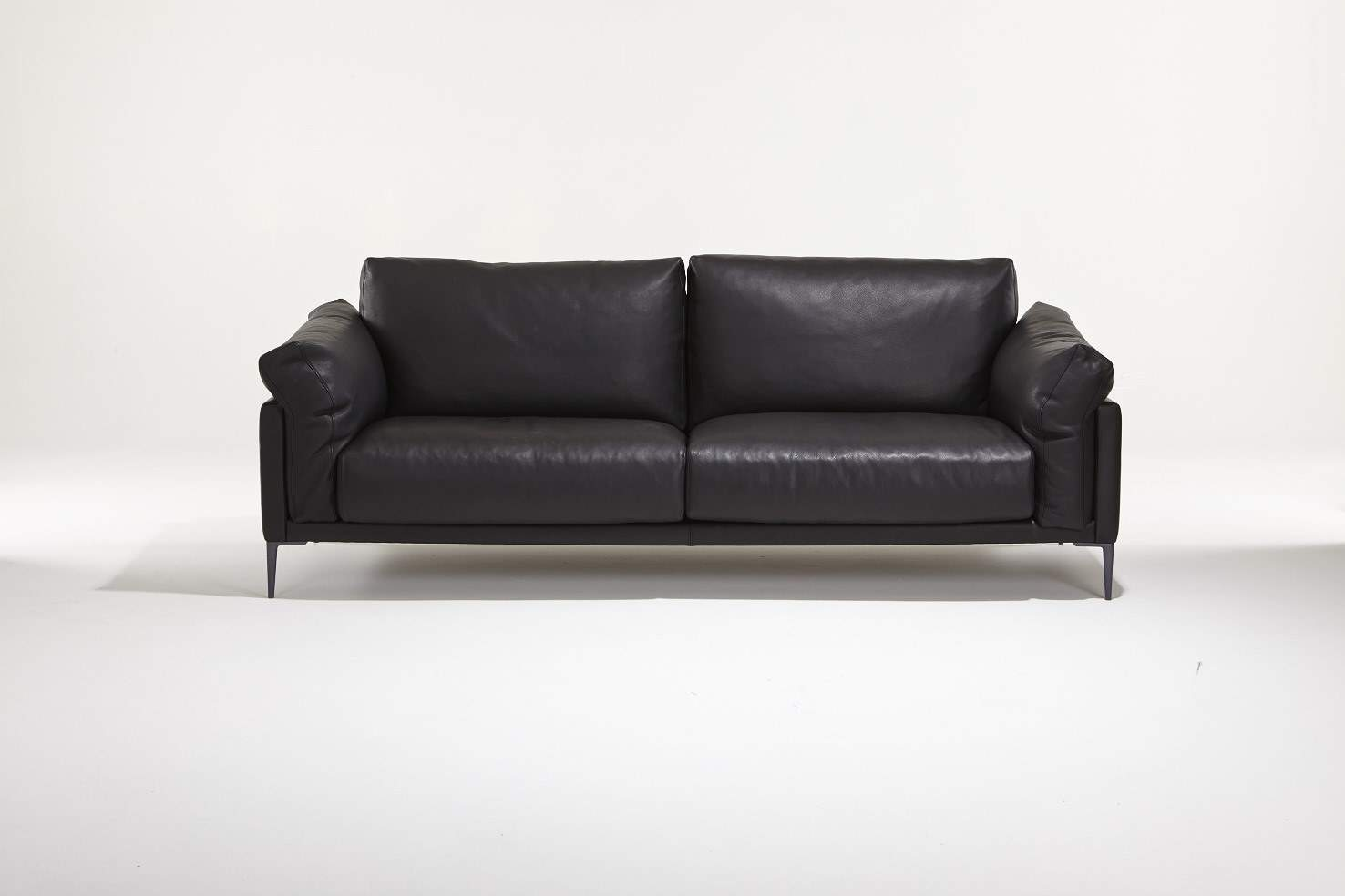 canape cuir noir design